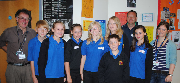 kings_school_pupils_with_roger_giles_and_jason_wood